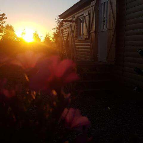 ... und den Sonnenuntergang auf unserem Schauplatz