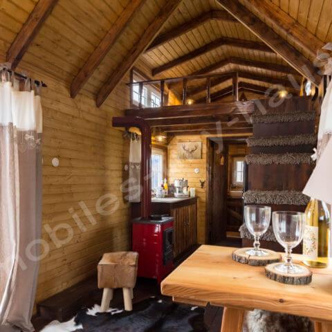 Einblick ins Holzhaus Schweden