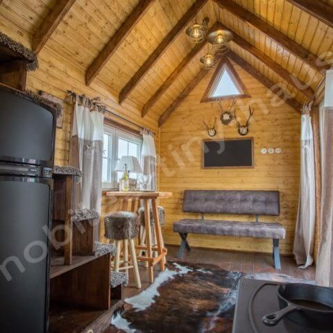 Sitz- und Wohnbereich Holzhaus Schweden