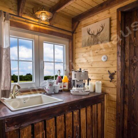 Küchenbereich Holzhaus Schweden