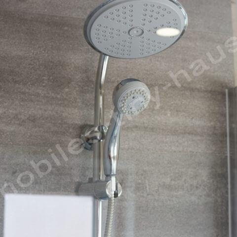 Duschbereich Holzhaus Finnland
