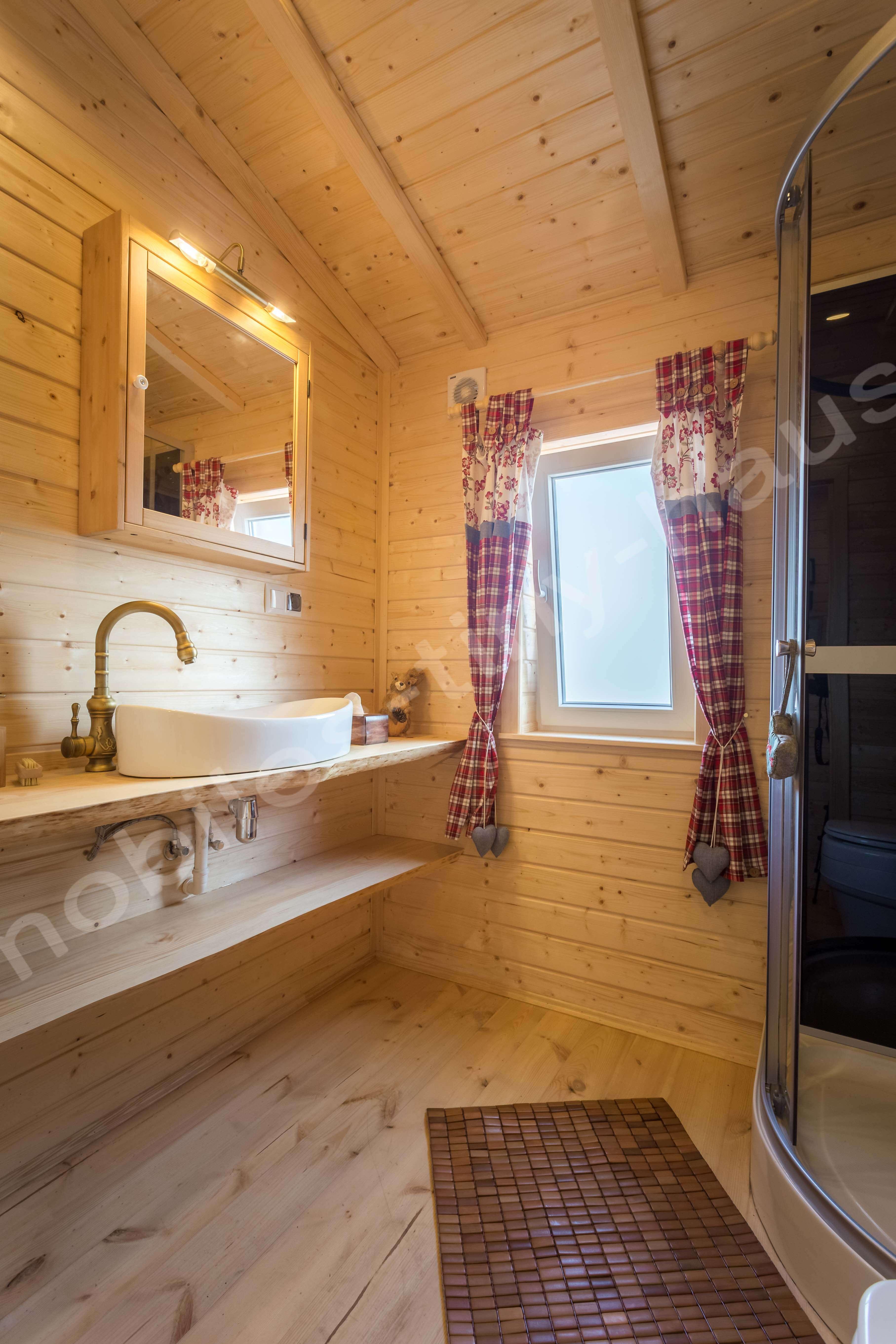 mobilheim sterreich innen mobiles tiny haus. Black Bedroom Furniture Sets. Home Design Ideas
