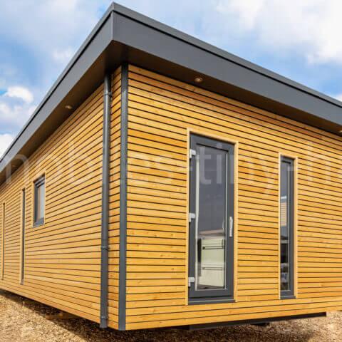 mobilheim preis ausstattung mobiles tiny house. Black Bedroom Furniture Sets. Home Design Ideas