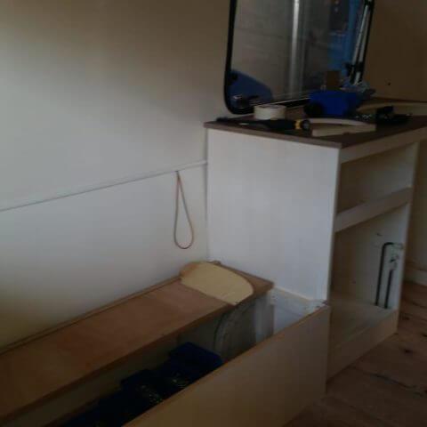 Wohnwagen Eriba beim Umbau